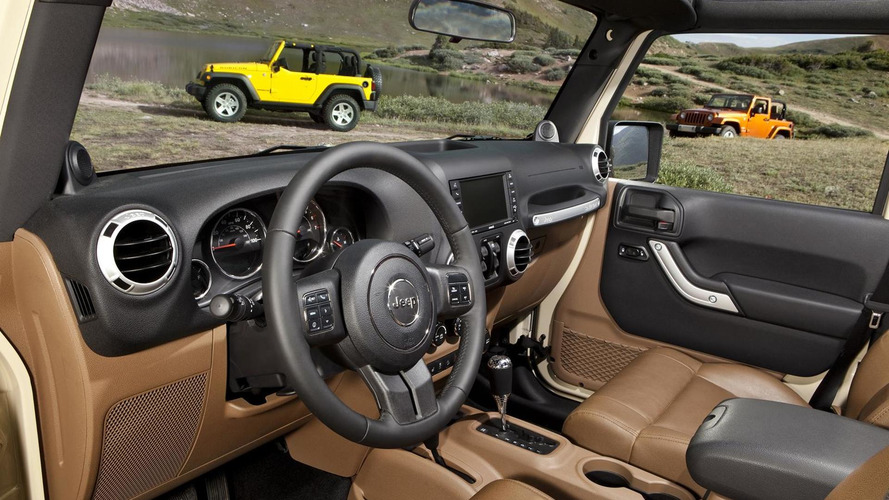 2011 Jeep Wrangler gets all-new interior, body-color hard top