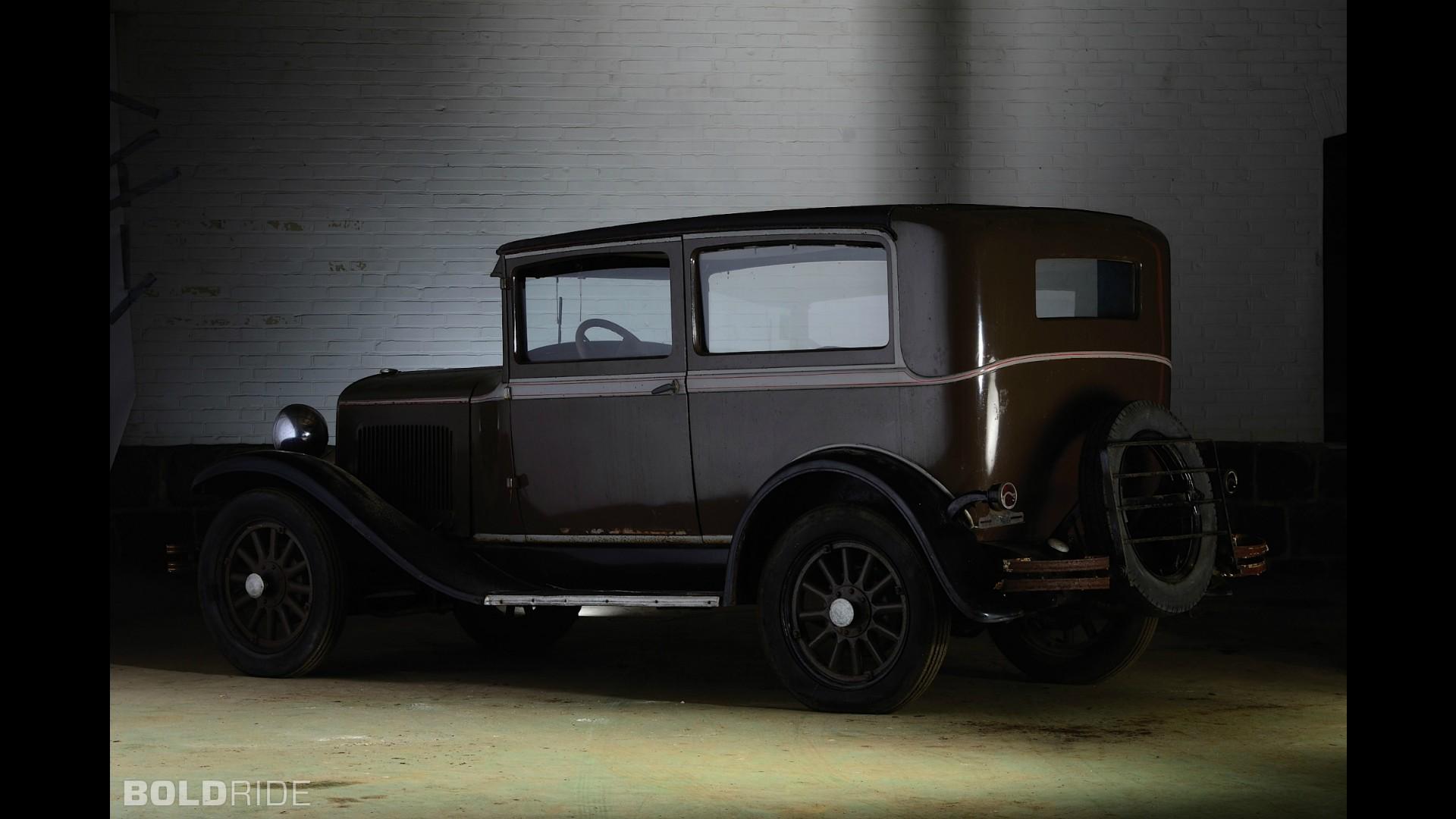 Plymouth Model U