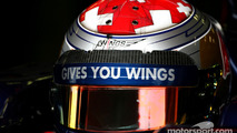 Sebastien Buemi, Scuderia Toro Rosso uses the new Bell helmet