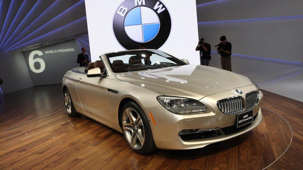 2011 BMW 6-Series Cabrio live in Detroit 10.01.2011