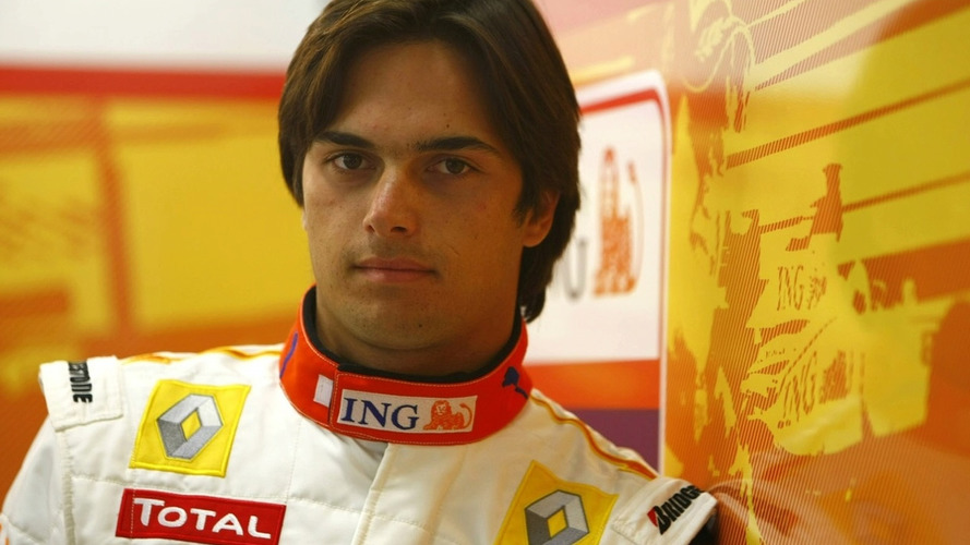 Renault to drop Piquet after Hungary race