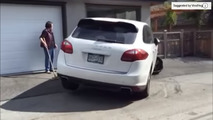 Vancouver Porsche driver makes atrocious parking attempt after hit and run