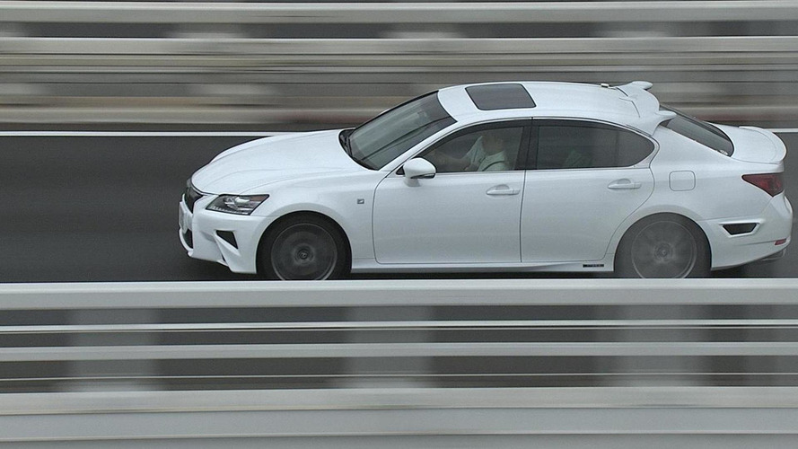Toyota reveals modified Lexus GS with highway autonomous driving tech [video]
