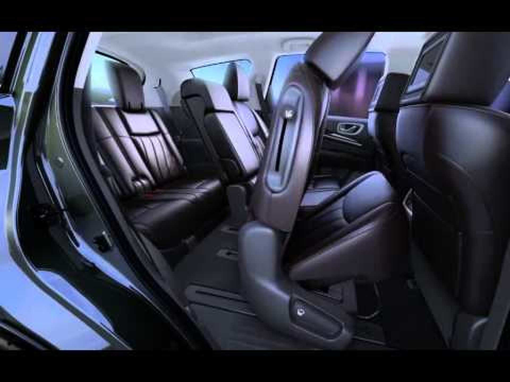 2013 Infiniti JX - 3rd Row Access