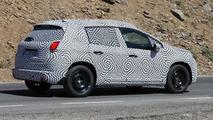 2013 Peugeot 2008 spy photo 29.8.2012