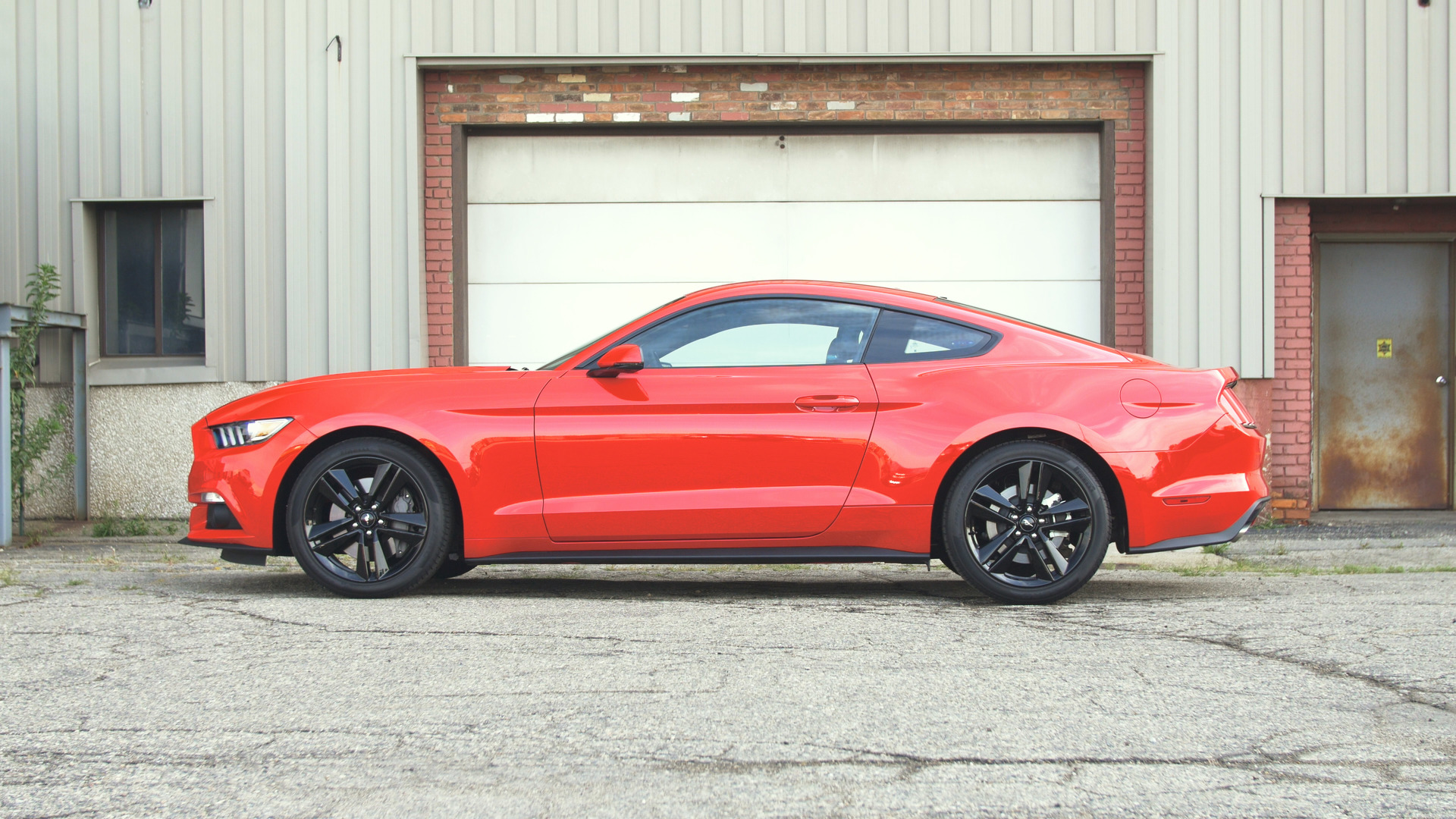 Ford pauses Mustang production as sales slow