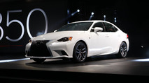 2014 Lexus IS live in Detroit 15.01.2013