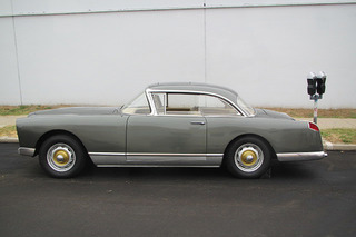 This Rare Facel Vega Joins French Design with a Chrysler V8