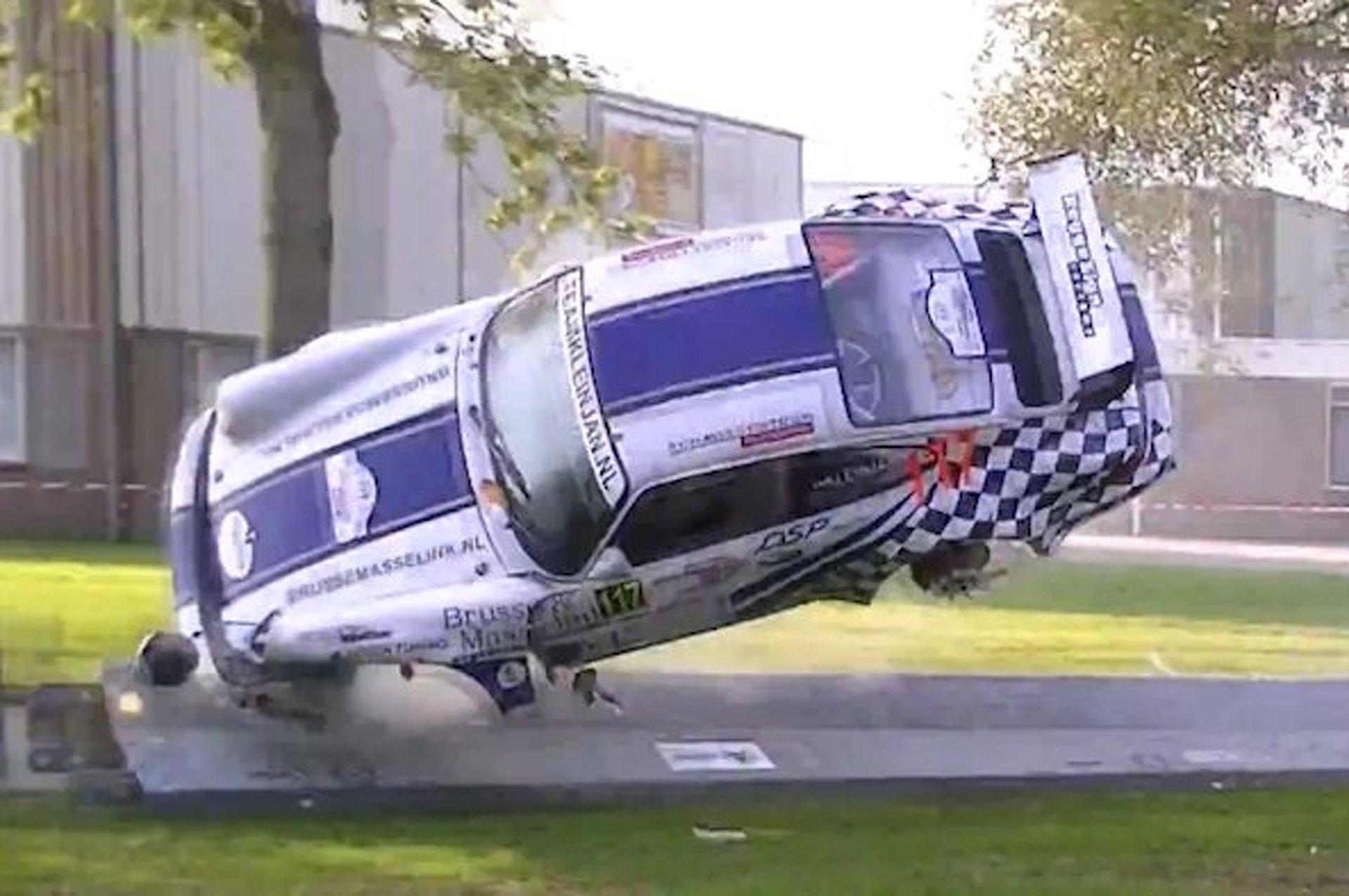 Spectacular Crash: Porsche 964 RSR Goes Airborne, Into Water [video]
