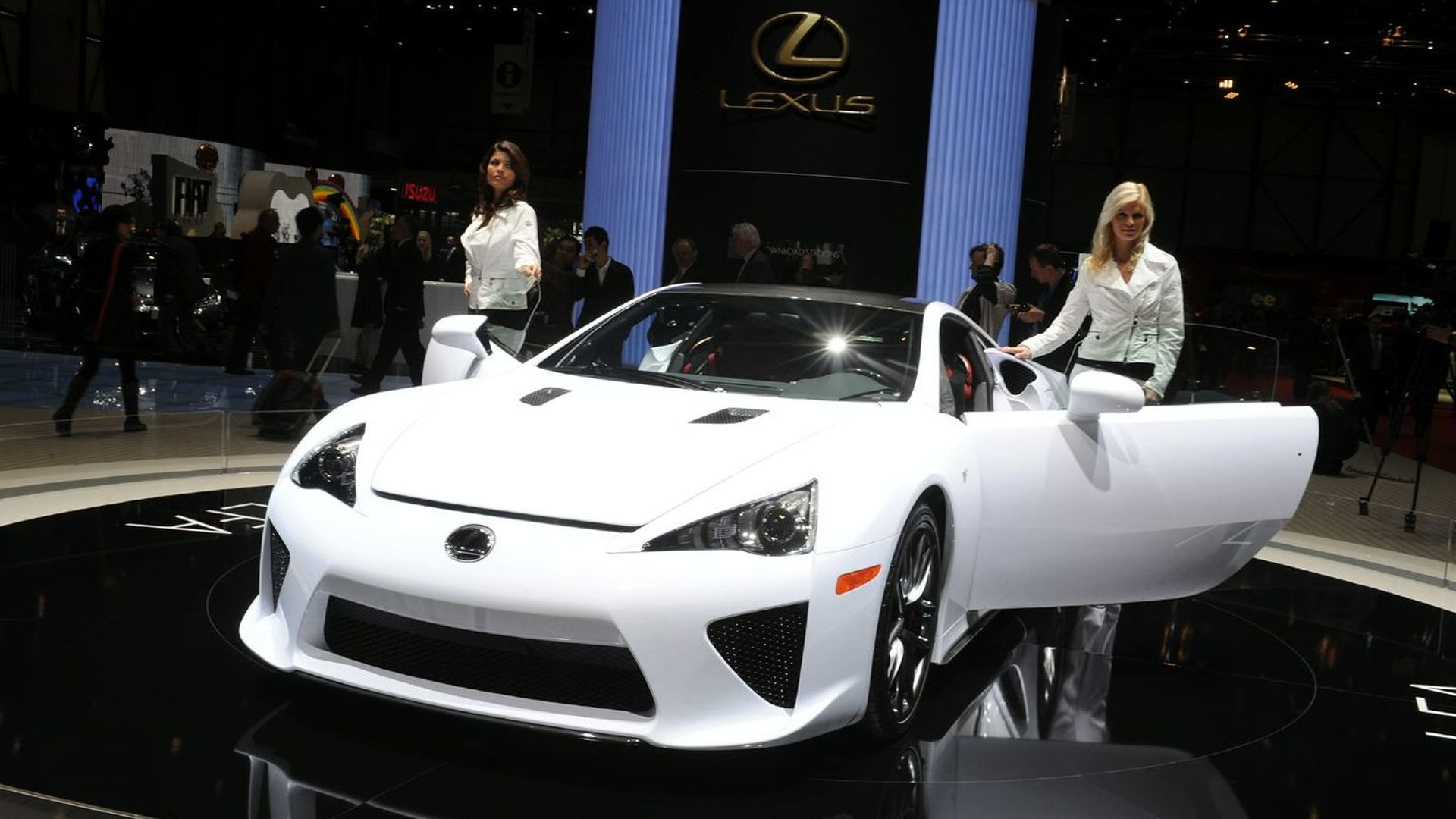 Lexus LFA full purchase now allowed in U.S., but only with right of refusal agreement