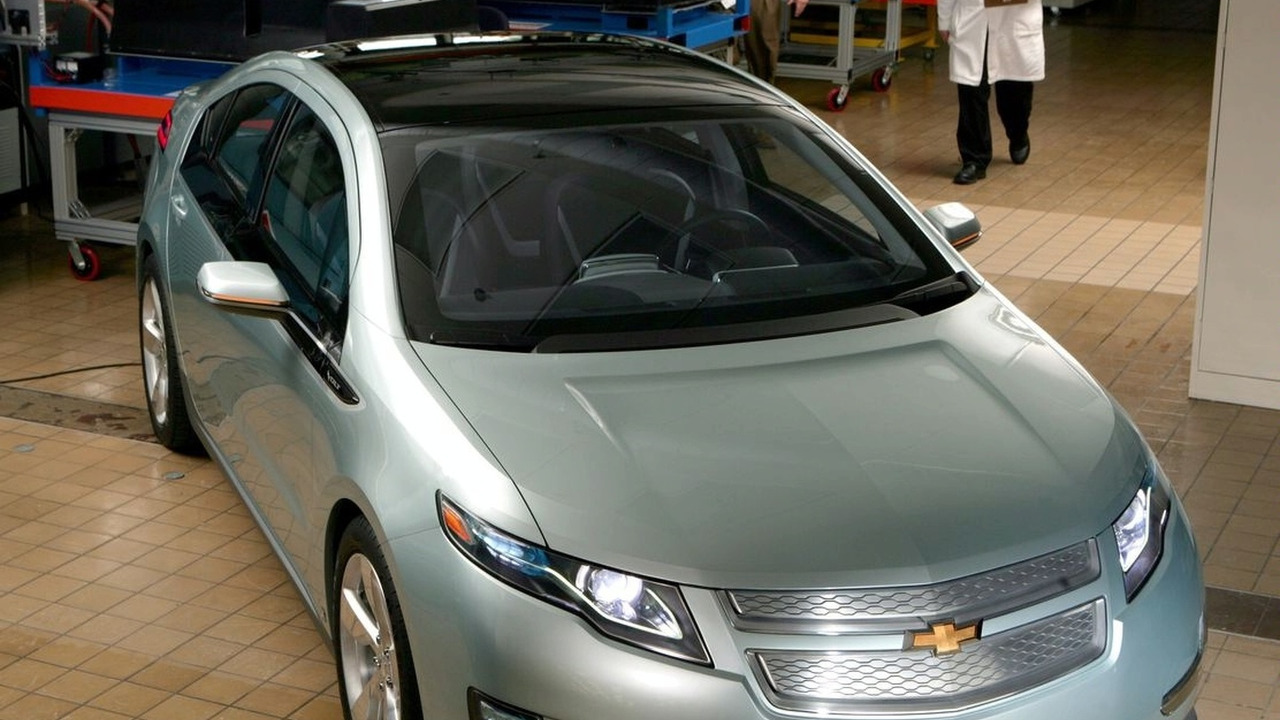 Chevrolet Volt in testing - battery lab
