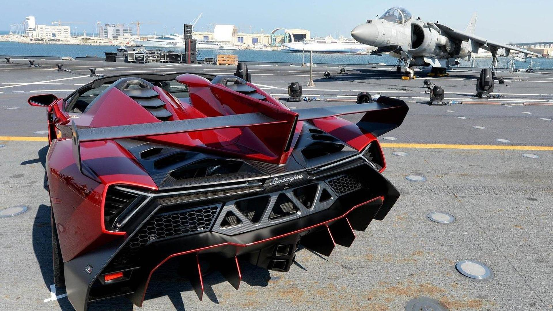 Lamborghini Veneno Roadster presented on aircraft carrier in UAE