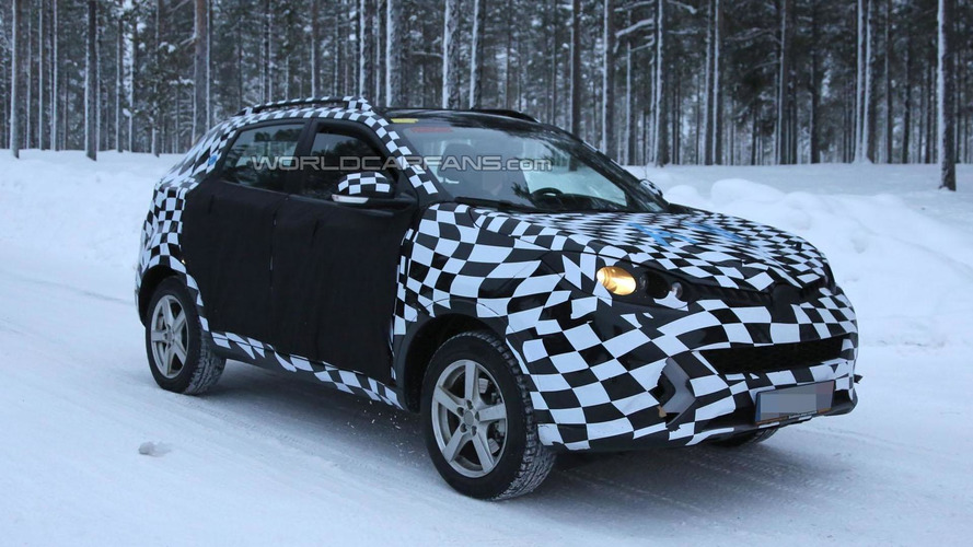 2015 MG CS crossover spied for the first time