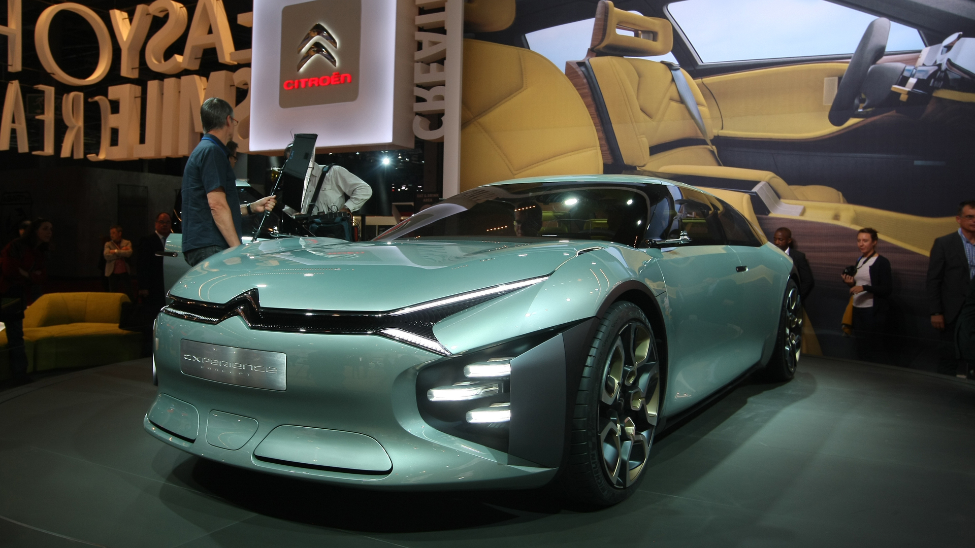 Citroen Cxperience Concept shows bold look for potential C5 replacement