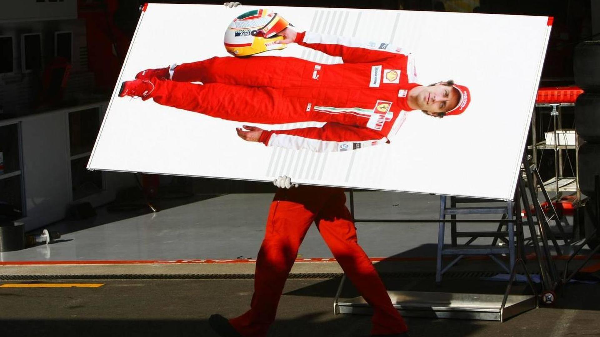 Ferrari confirms Badoer leaving as test driver