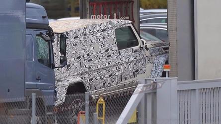Mercedes-Benz G-Class long-wheelbase spy photos