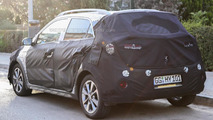 2016 Hyundai i20 Active/Cross spied in Europe for the first time