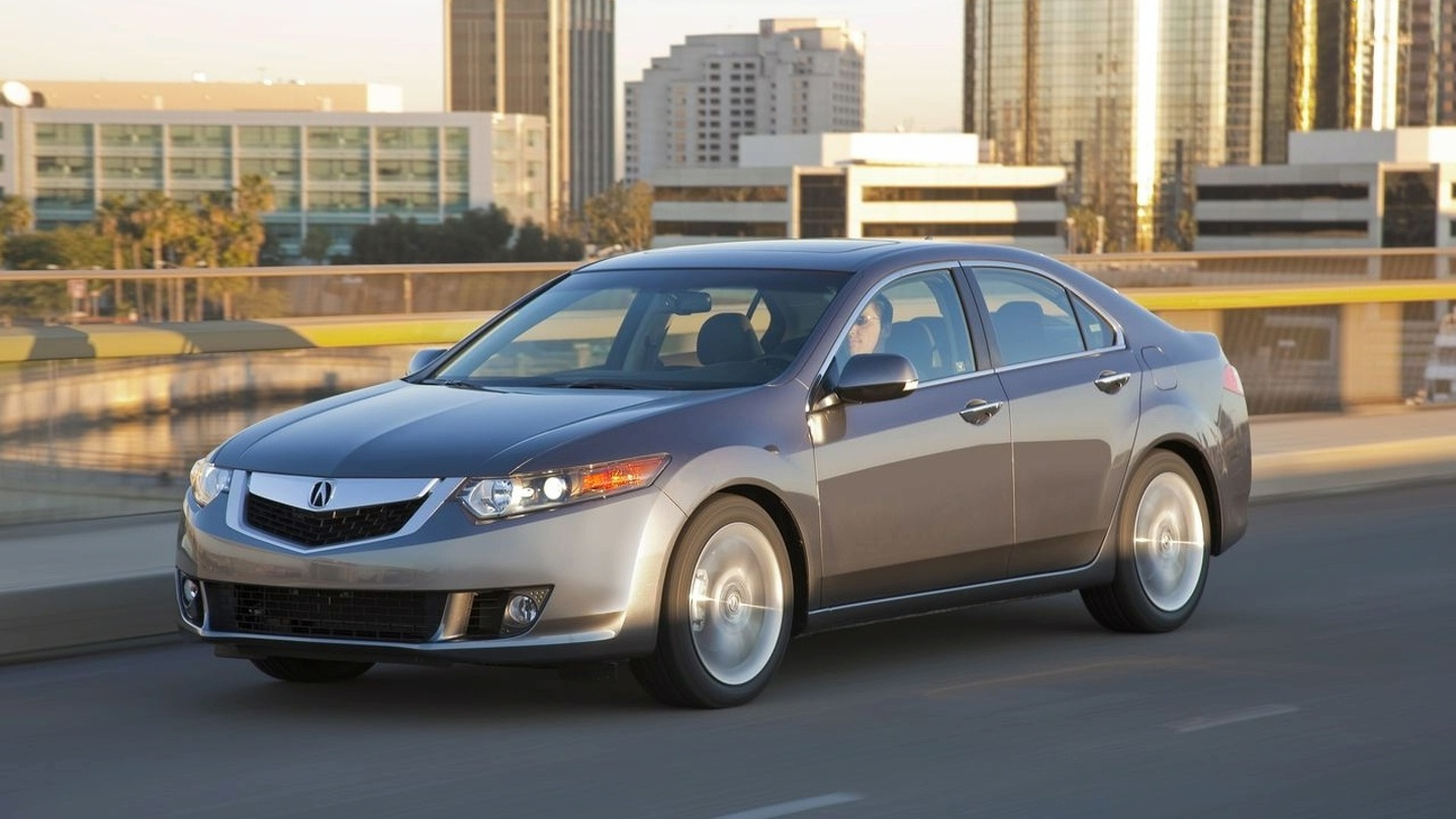 2010 Acura TSX V-6 Debuts at Chicago Auto Show