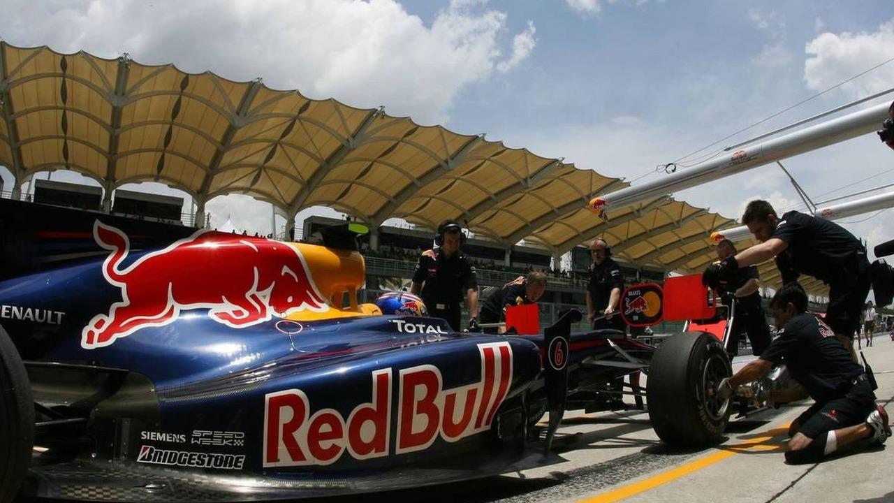 Mark Webber (AUS), Red Bull Racing, Malaysian Grand Prix, Saturday Practice, 03.04.2010 Kuala Lumpur, Malaysia