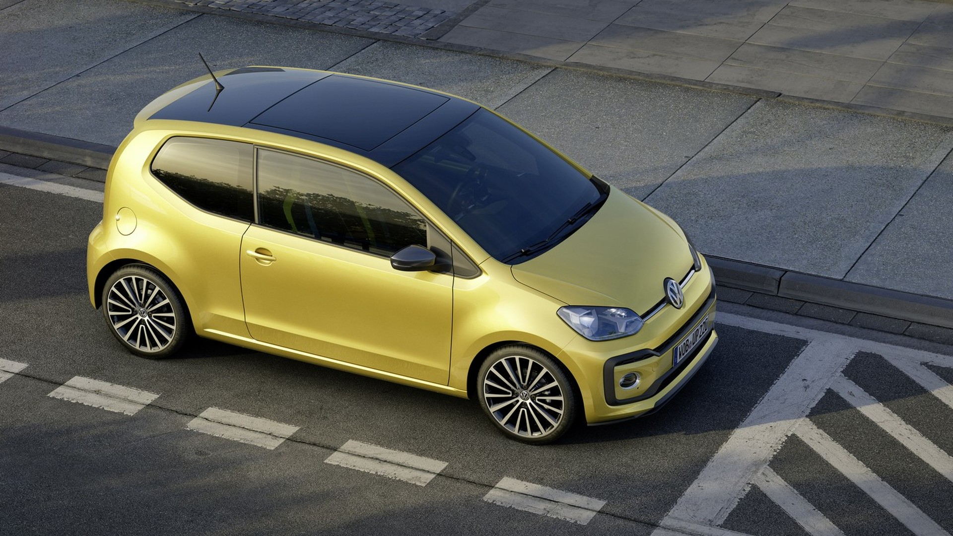 vw up facelift brings more power and beats audio videos. Black Bedroom Furniture Sets. Home Design Ideas