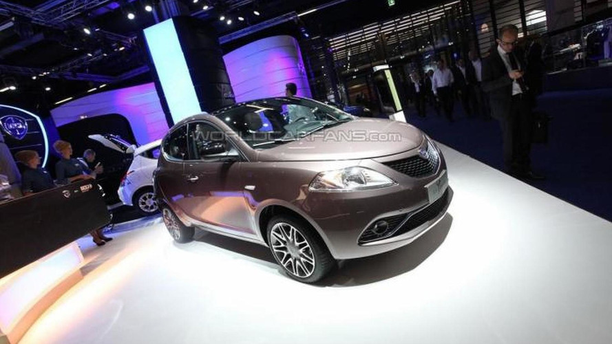 Lancia tries to stay afloat with facelifted Ypsilon at IAA