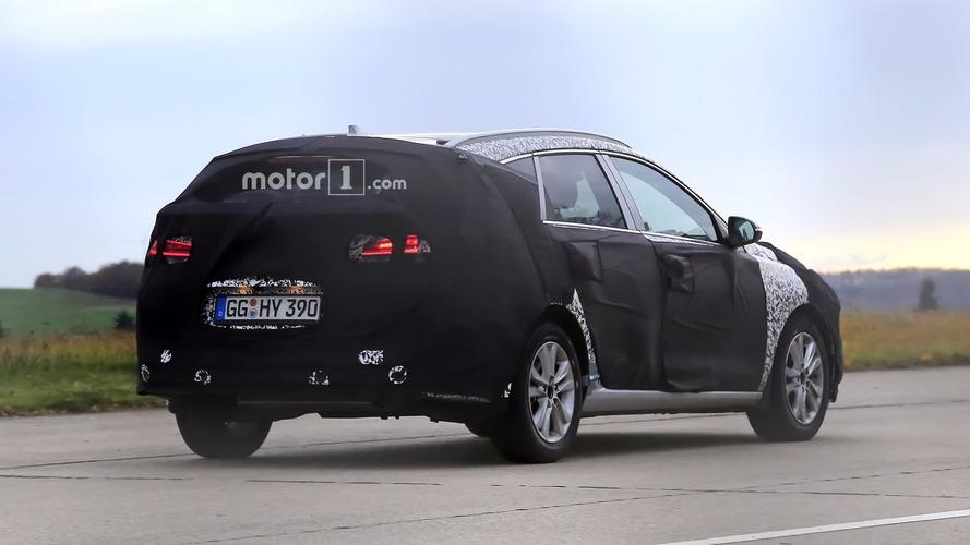 2017 Hyundai i30 wagon debuts on spy camera