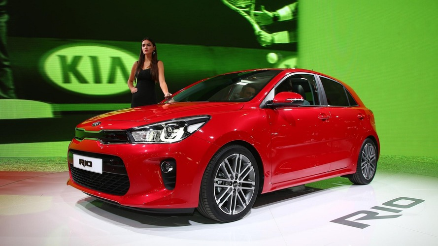 2017 Kia Rio shows off longer, wider body in Paris