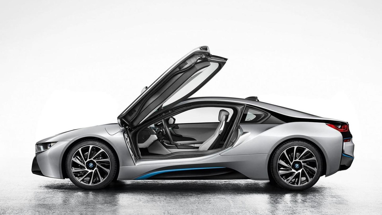 2014 BMW i8 production version leaked photo 03.09.2013