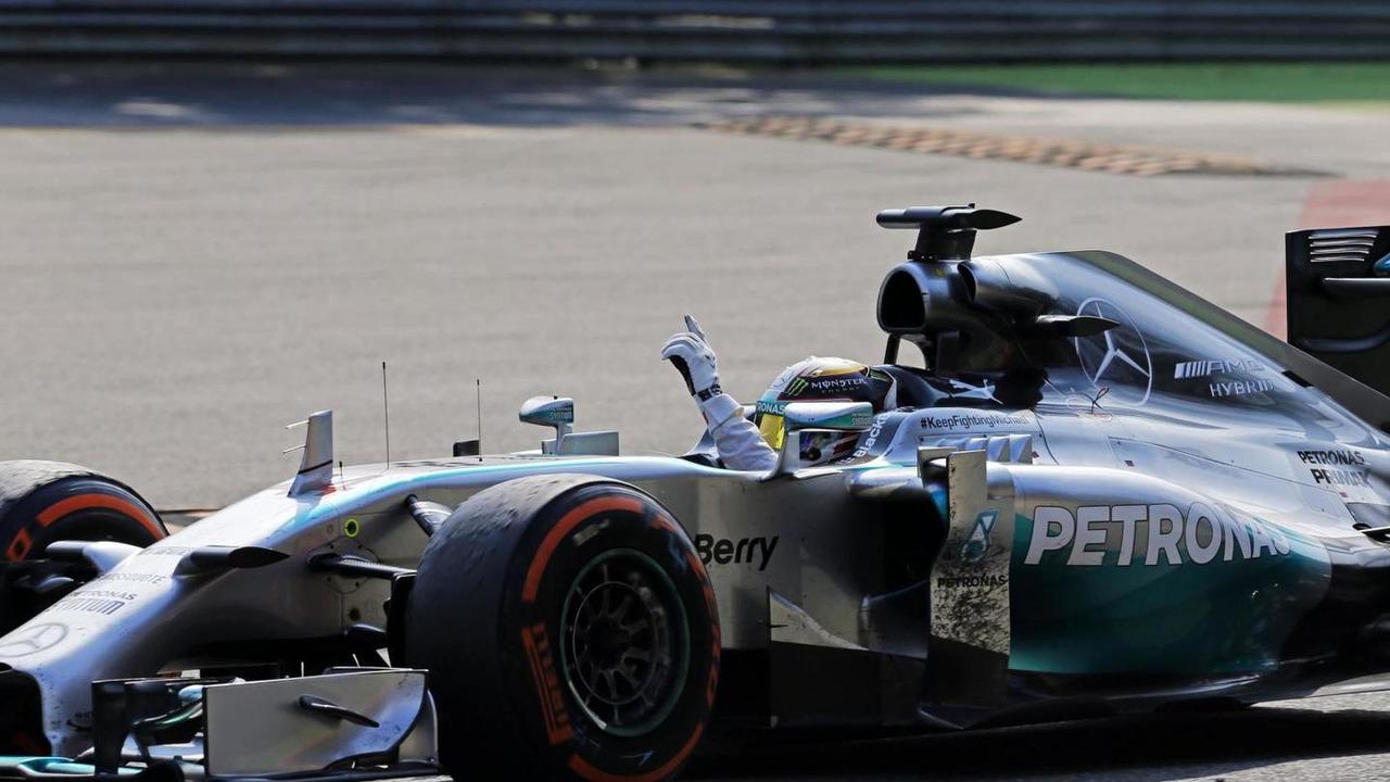 Race winner Lewis Hamilton (GBR) celebrates at the end of the race, 07.09.2014, Italian Grand Prix, Monza / XPB