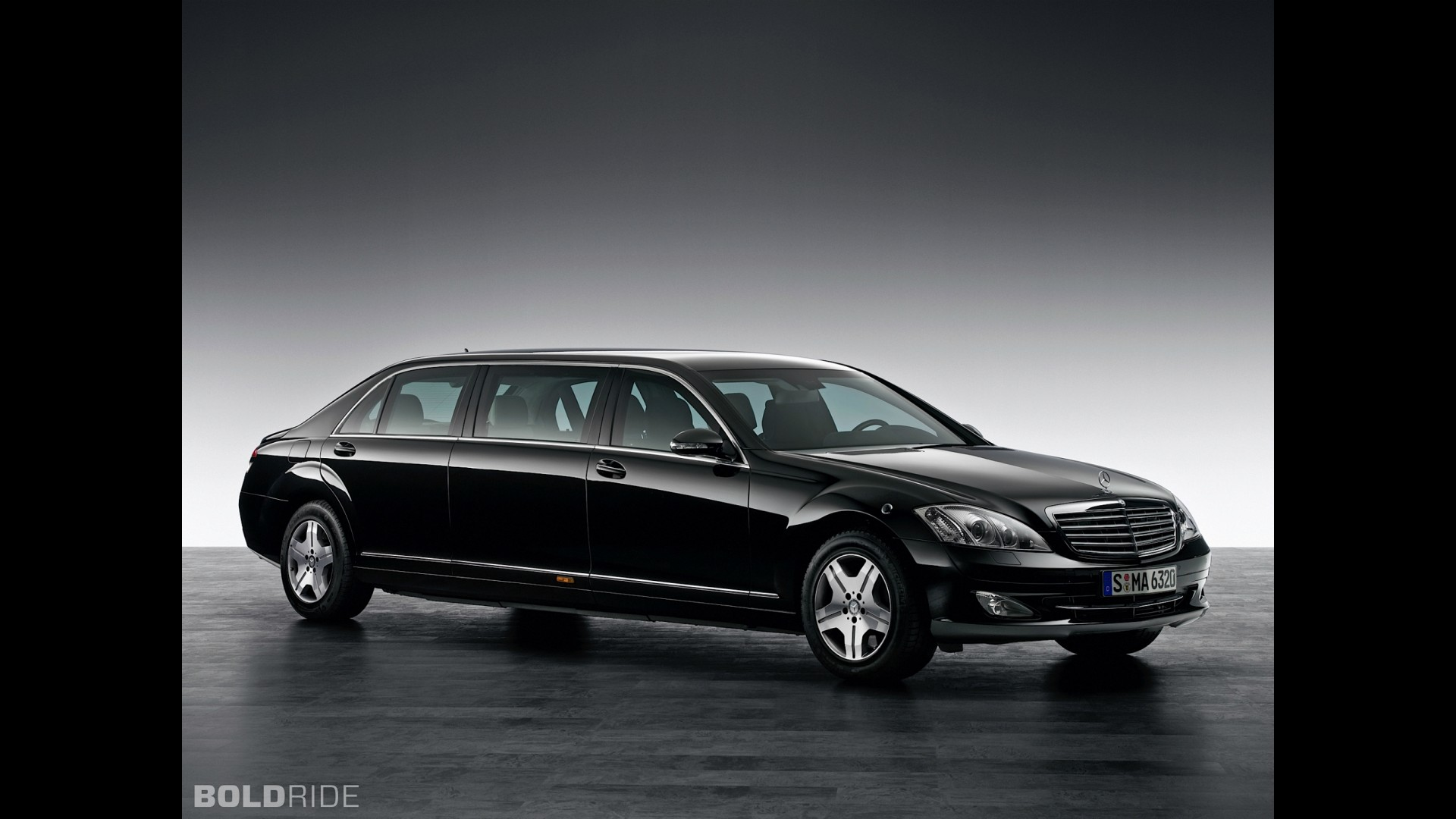 mercedes benz s600 pullman guard. Black Bedroom Furniture Sets. Home Design Ideas