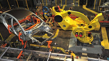 Built Ford Tight - Ford develops laser robot build-inspection technology [video]