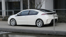 Opel Ampera spy photo during video shoot