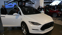 Tesla stops Model S production to get Fremont plant ready for Model X