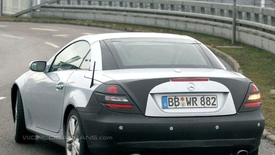 SPY PHOTOS: More Mercedes SLK Facelift