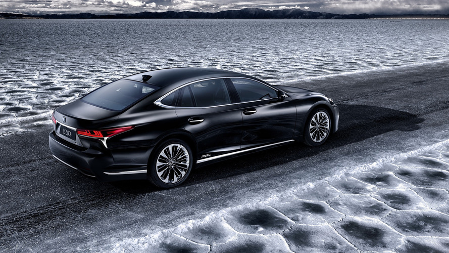 Lexus LS 500h to show its green credentials in Geneva
