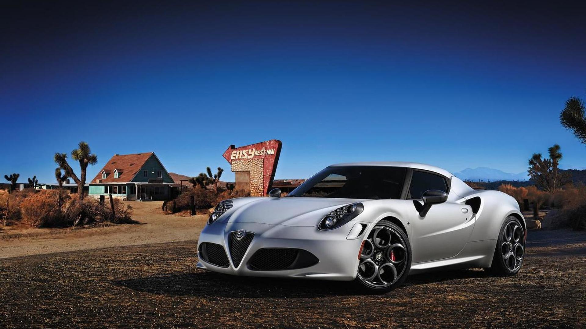 Alfa Romeo 4C brochure surfaces the web