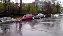 Sinkhole in Baltimore swallowing several cars caught on camera [video]