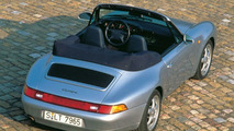 Porsche checking Cabriolet roof