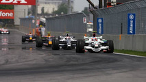 Rosberg cautious about Montreal track surface fix