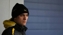 Petrov to hold 2011 Renault talks 'later'