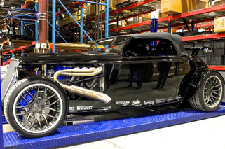 Factory Five 33 Roadster is Real-Life Lincoln Phaeton Concept