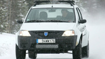 Dacia Logan SUV spy photos