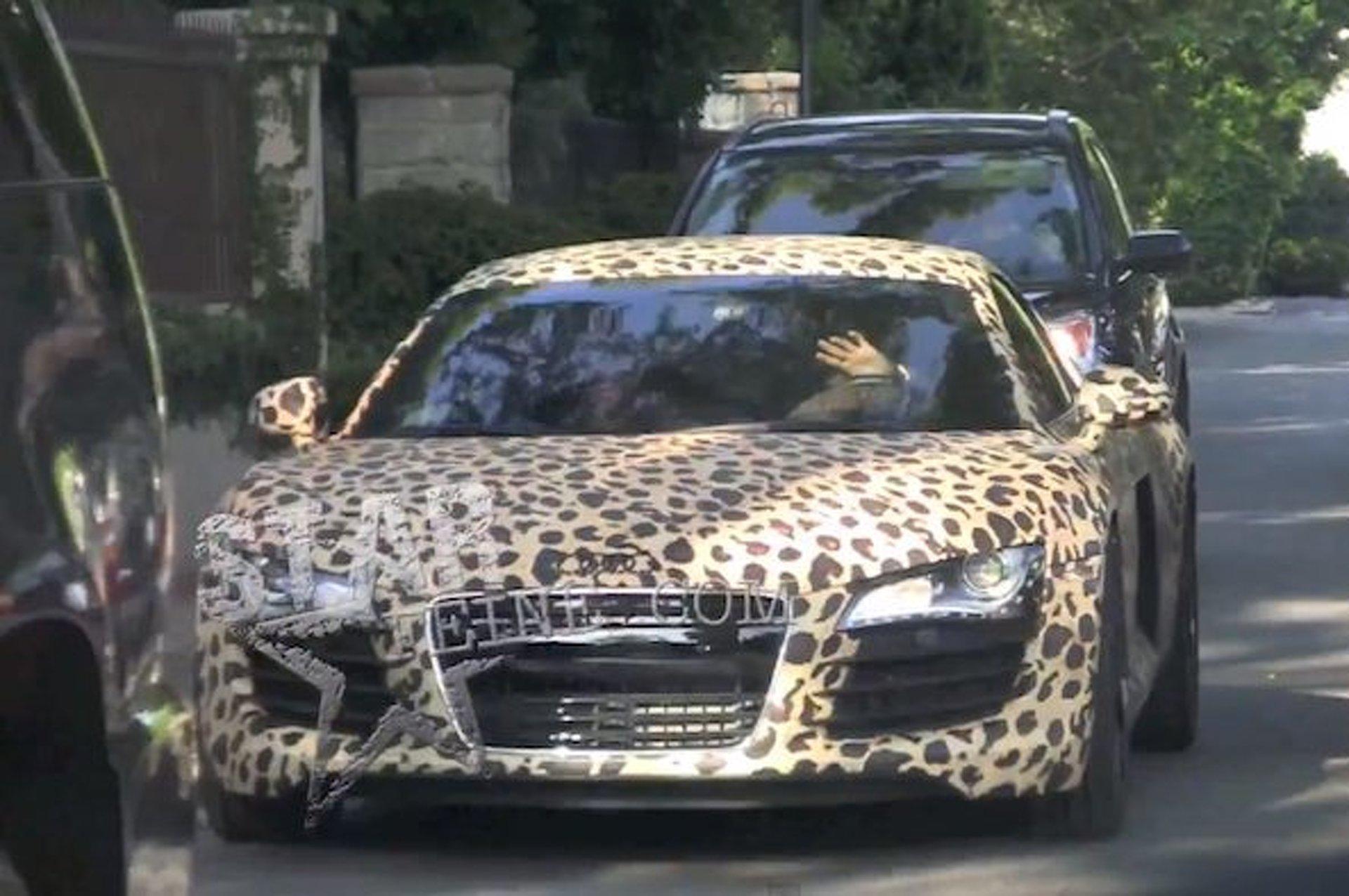 Justin Bieber Buys Leopard Audi R8 [w/video]
