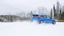 Ford Focus RS available with optional winter tire package [video]