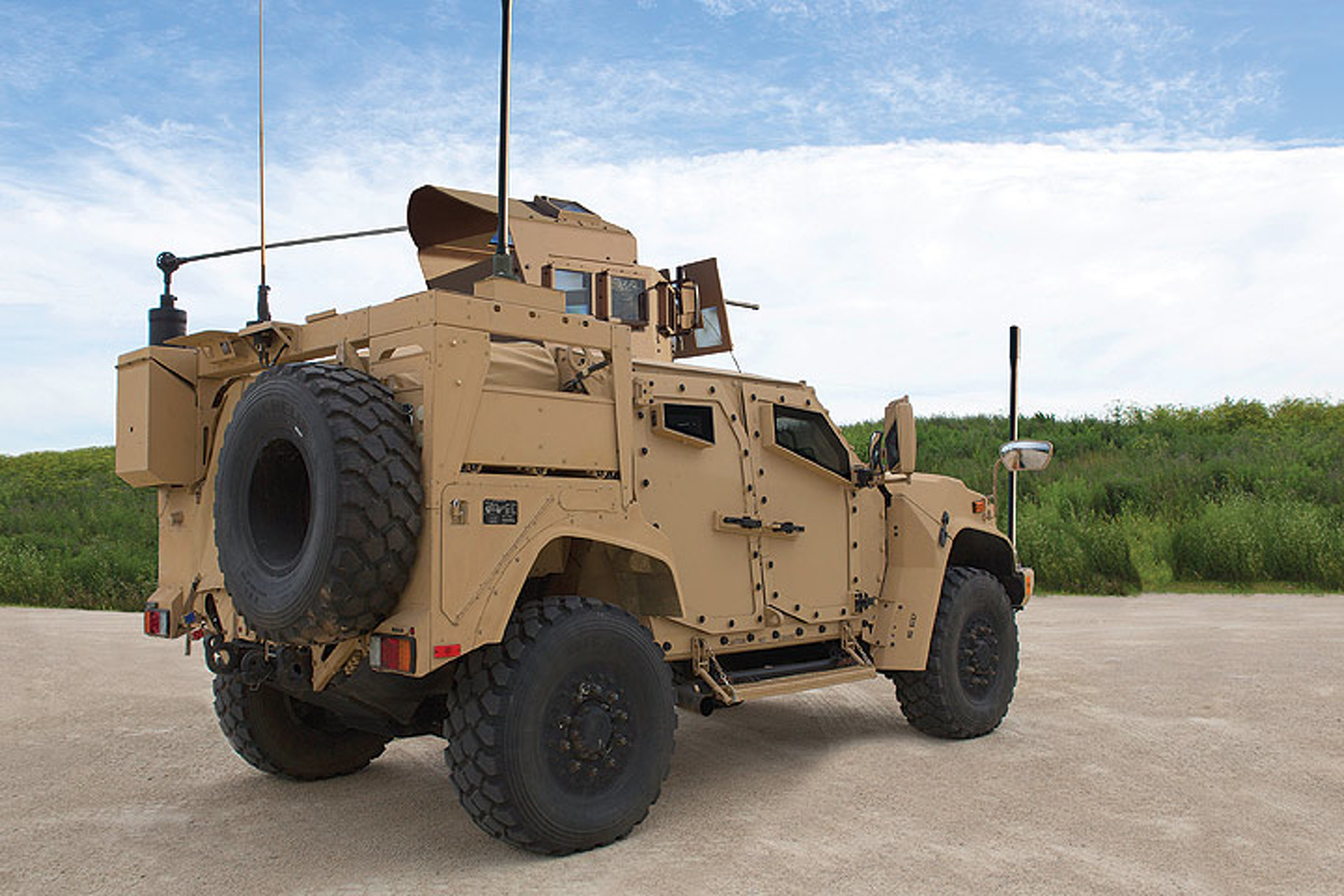 How Does the Oshkosh JLTV Measure Up to the Humvee?