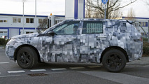 Land Rover Freelander replacement spied with Range Rover styling cues