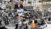 Mercedes-Benz V12 6.0-liter bi-turbo engine production