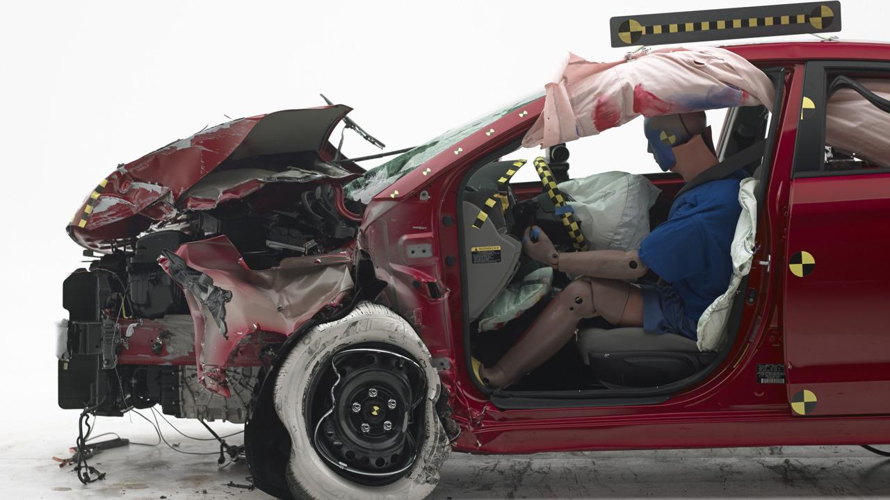 2017 Hyundai Elantra Crash Test