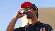 Ricciardo on 'same level' as Vettel - Marko