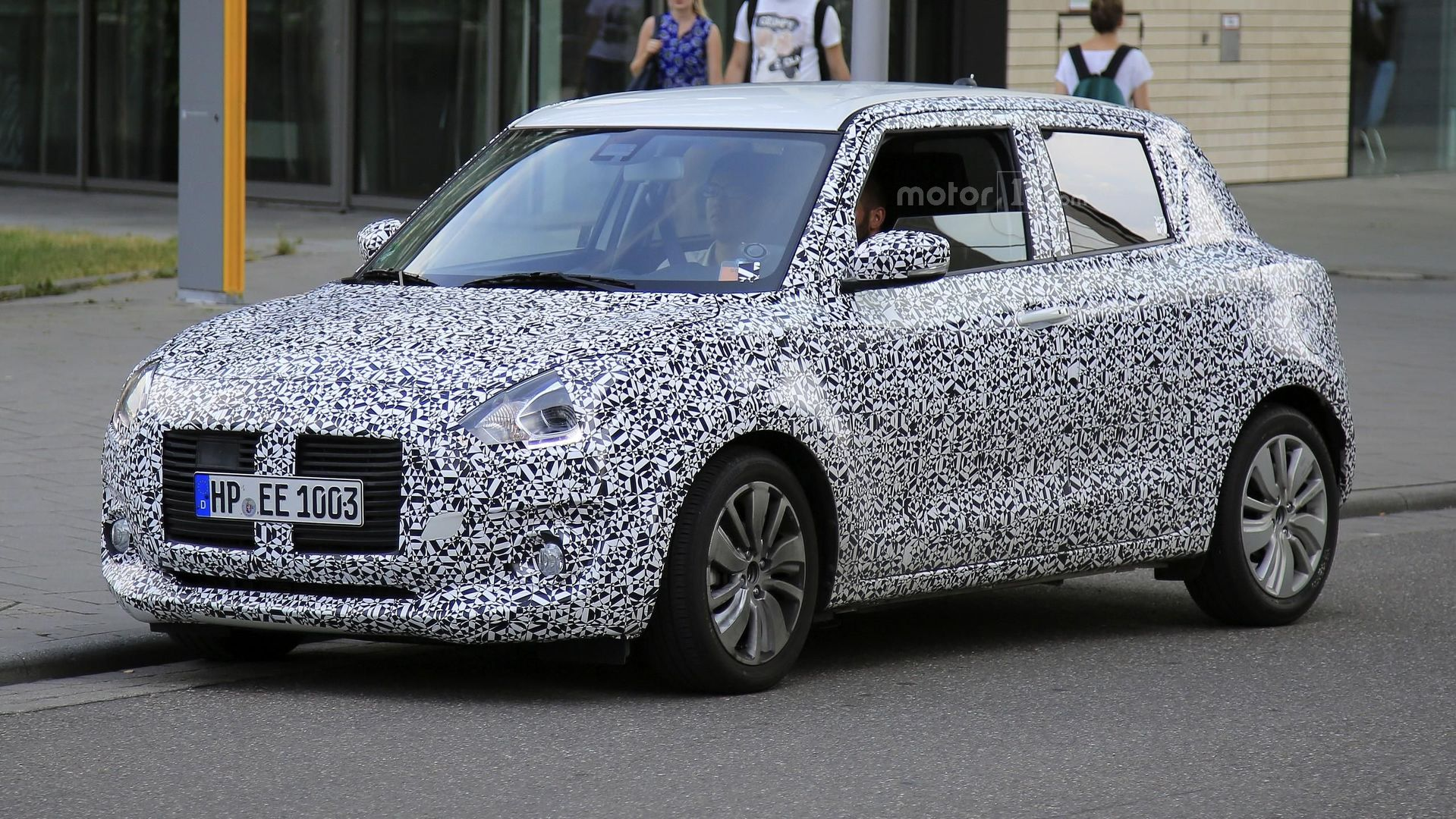 2017-suzuki-swift-spy-photo.jpg